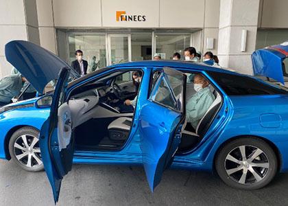 トヨタMIRAI(水素自動車)